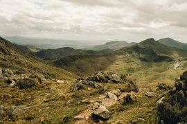 Rocks and green mountains in Snowdonia National Park